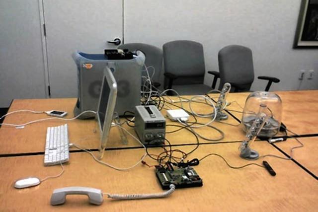 Konfiguracja sprzętu Apple do wczesnego oprogramowania iPhone'a