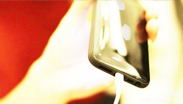 plastic_iphone_5_case_1