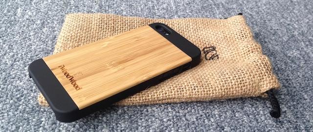 cd9d884faf1a00 Obudowa iPhone już dawno przestała być tylko obudową chroniącą telefon  przed uszkodzeniem lub zniszczeniem. Dzisiaj jest formą wyrażania samego  siebie, ...