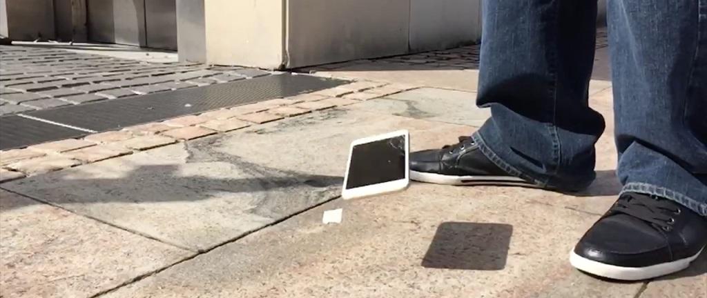 test upadku iPhone 6